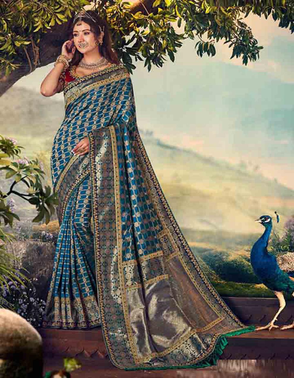 Morpeach Banarasi silk Saree With Blouse SD23882