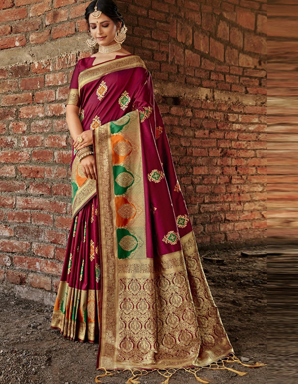 Brown Banarasi Saree With Blouse SD24174