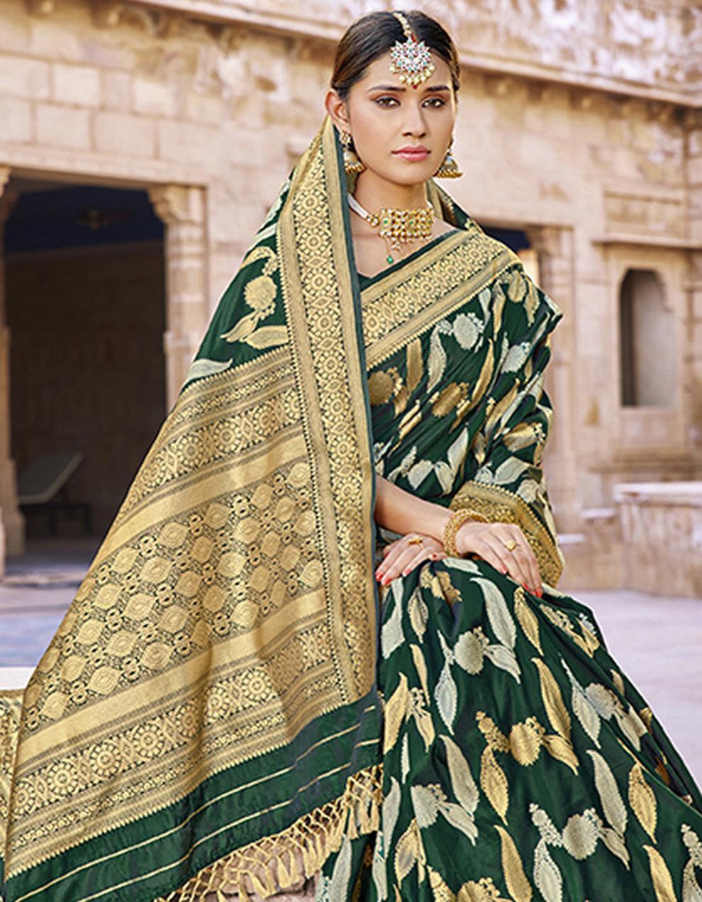 Dark green Silk Saree With Blouse SD23796