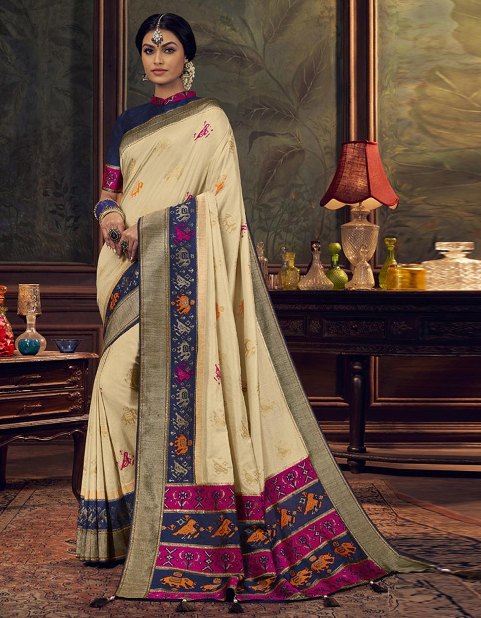 white Dola Silk Saree With Blouse SD24049