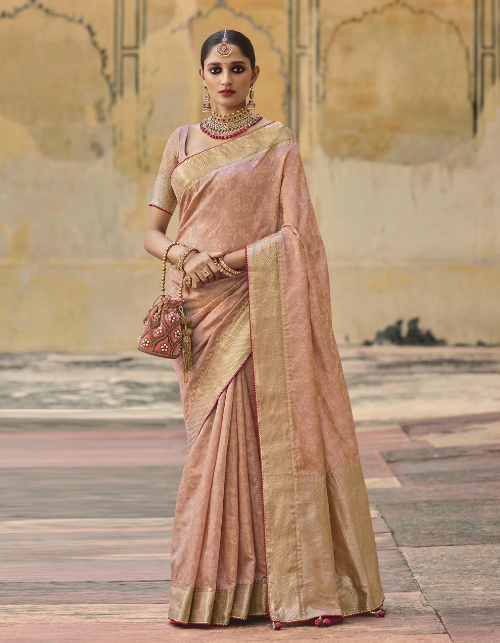 Light peach Jacquard Silk Saree With Blouse SD25277