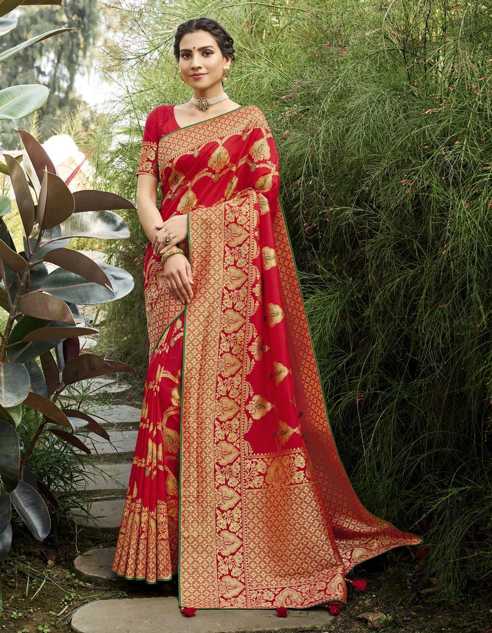 Red Banarasi Silk Saree With Blouse SD25241
