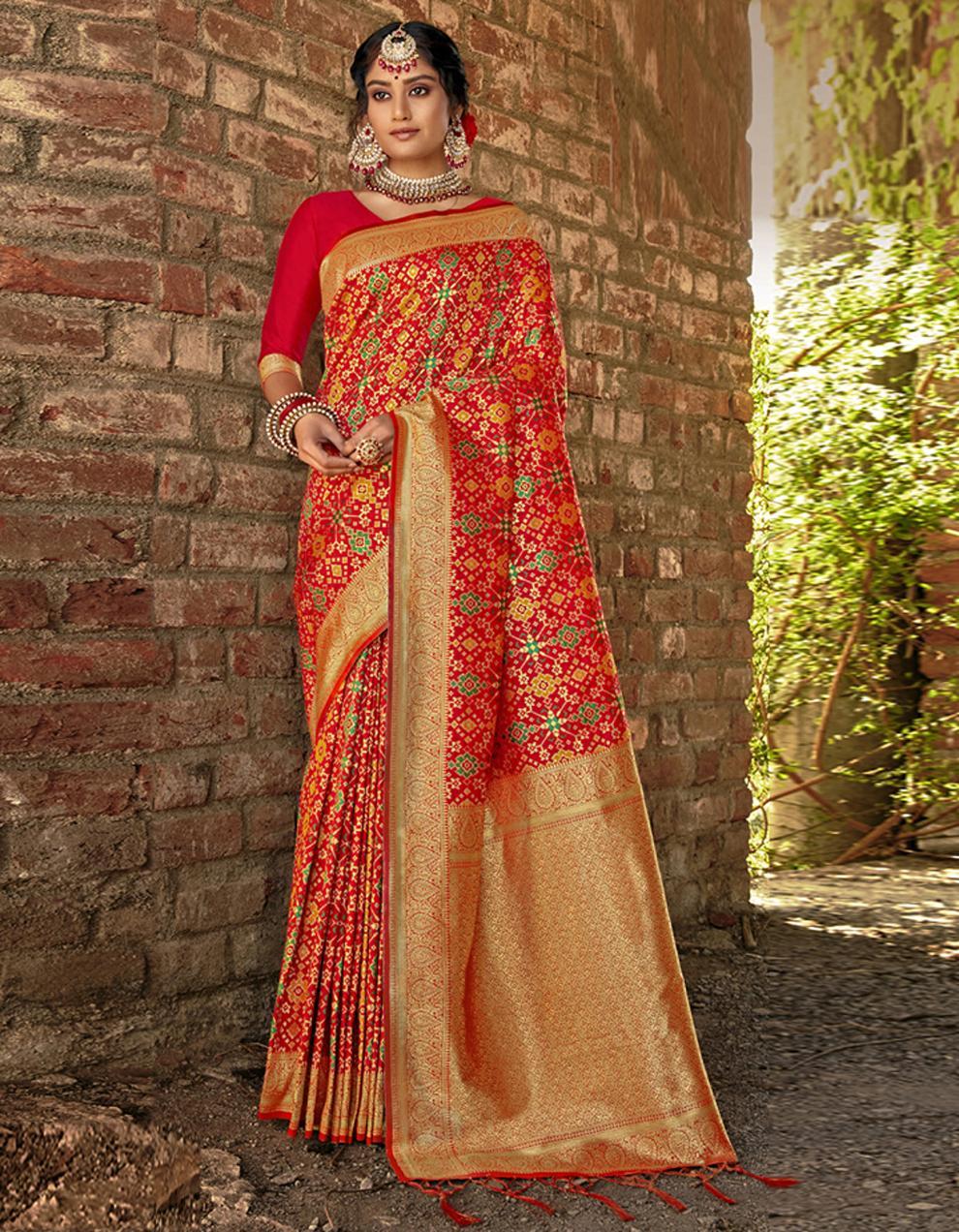 Red Banarasi Saree With Blouse SD24166