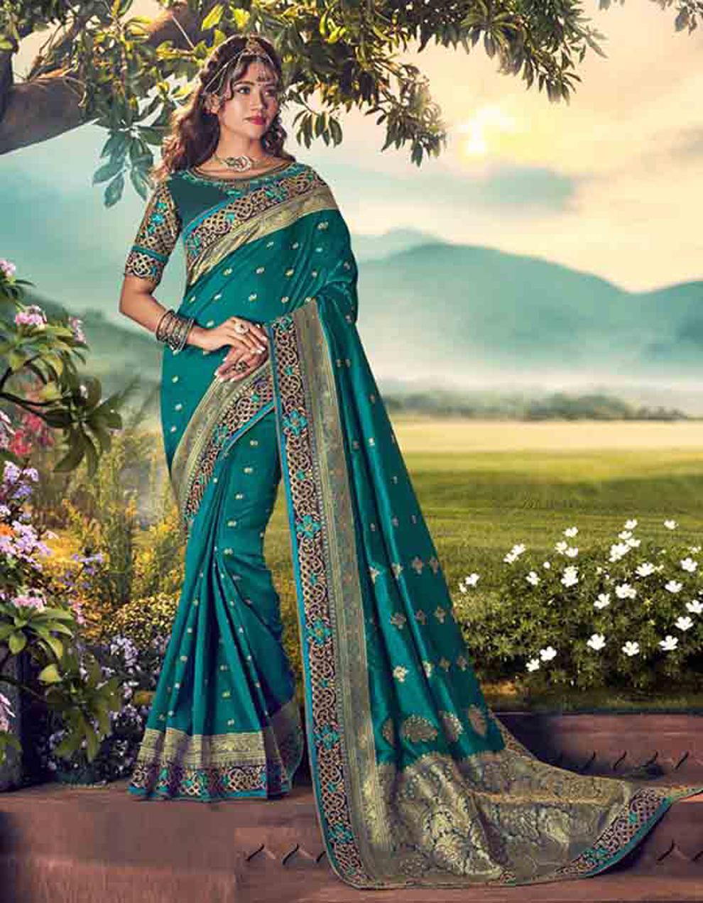 Morpeach Banarasi silk Saree With Blouse SD23878
