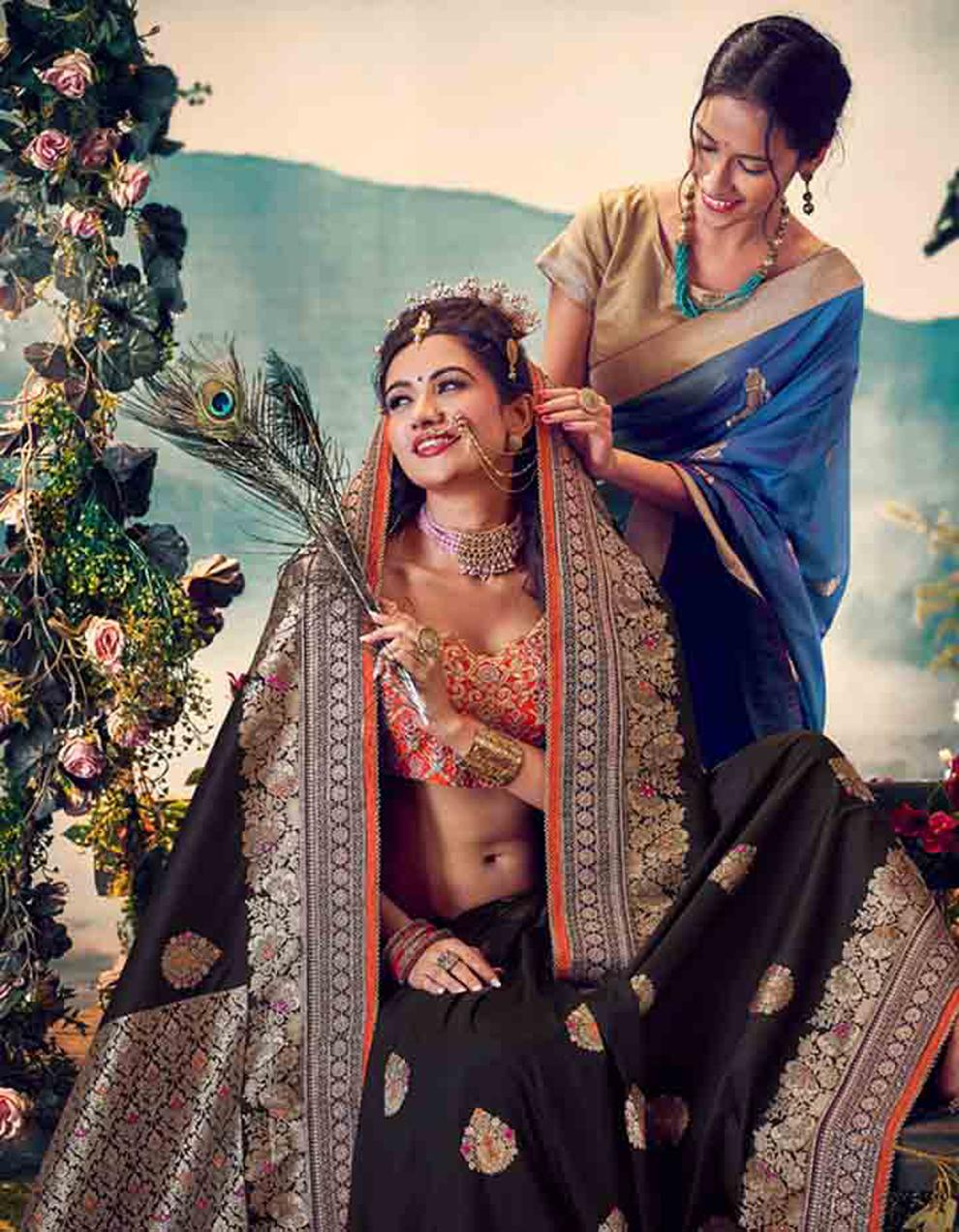 Black Banarasi silk Saree With Blouse SD23881